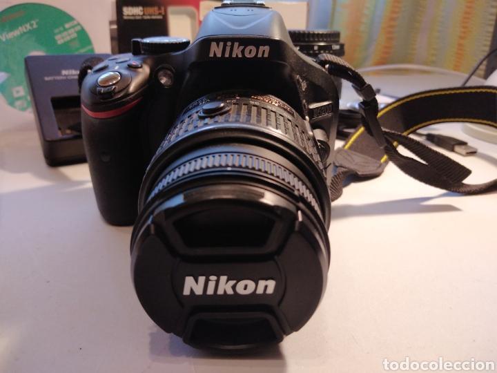 CÁMARA DE FOTOS NIKON D5200 MÁS OBJETIVO AF S 18_55 CON ACCESORIOS. Y MÁS... (Cámaras Fotográficas - Réflex (autofoco))