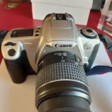 Cámara de fotos: CANON EOS 300 CON OBJETIVO ZOOM 28 - 90. Lote 228622110
