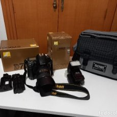 Cámara de fotos: EQUIPO COMPLETO FOTOGRAFICO CON MUY POCO USO NIKON D 7000. Lote 243453880