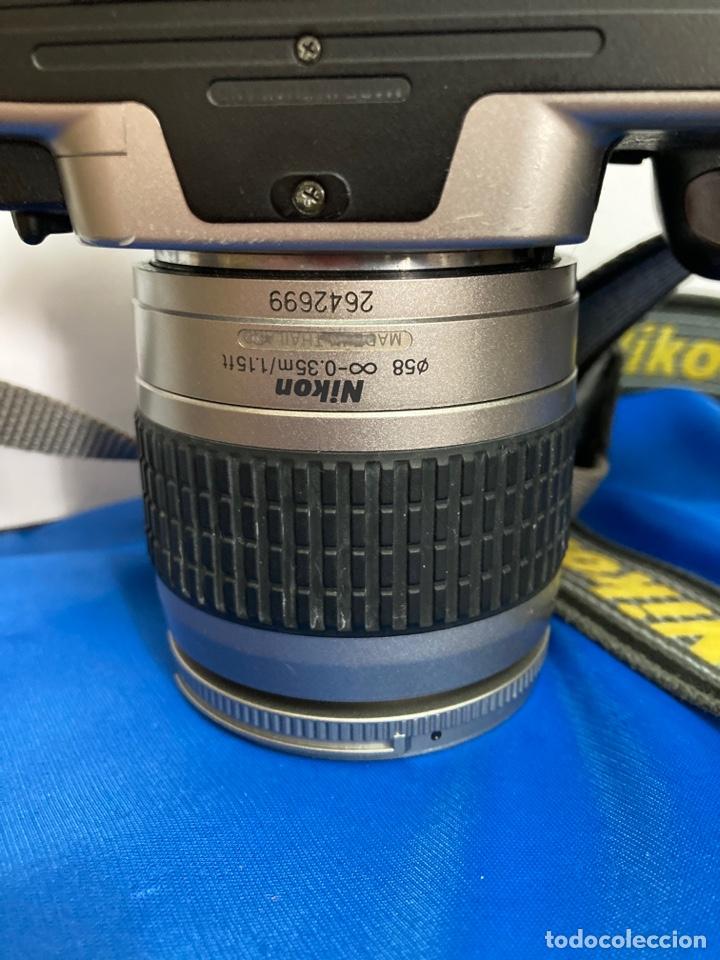 Cámara de fotos: Camara de fotos NIKON F65, con flash, correa, y foco - Foto 16 - 253072405