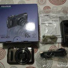 Cámara de fotos: CAMARA DIGITAL FUJI FINEPIX T200. Lote 258207030