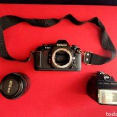 Cámara de fotos: CAMARA NIKON F-501 Y OBJETIVO AF NIKKOR 35-70 MM Y FLASH. Lote 261544620