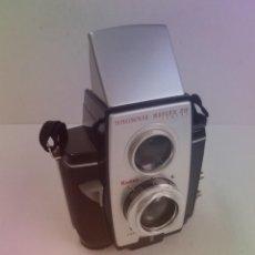 Cámara de fotos: ESTUPENDA CAMARA KODAK REFLEX AÑOS 50´S. Lote 268116864