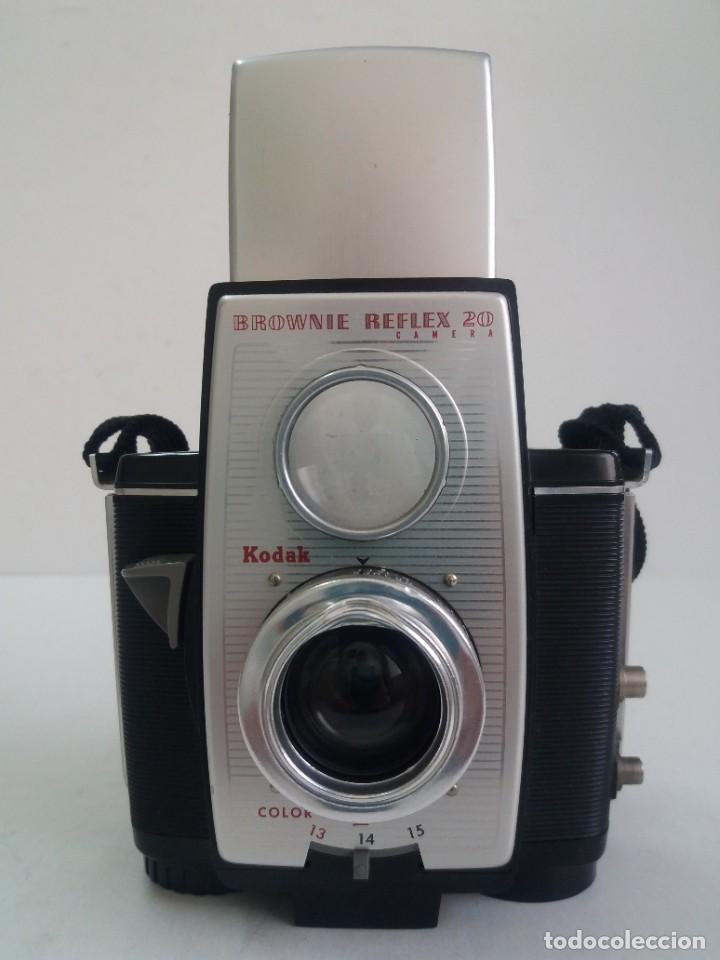 Cámara de fotos: ESTUPENDA CAMARA KODAK REFLEX AÑOS 50´S - Foto 5 - 268116864