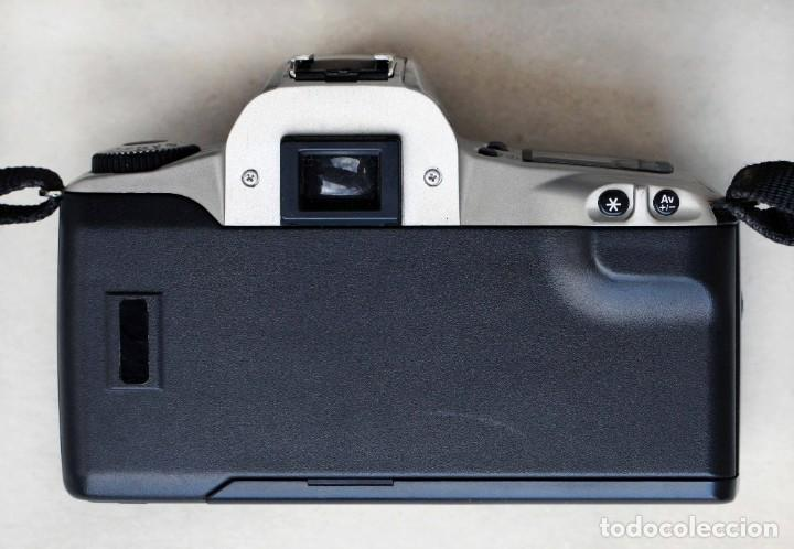 Cámara de fotos: Canon EOS 300 - Foto 4 - 274595963