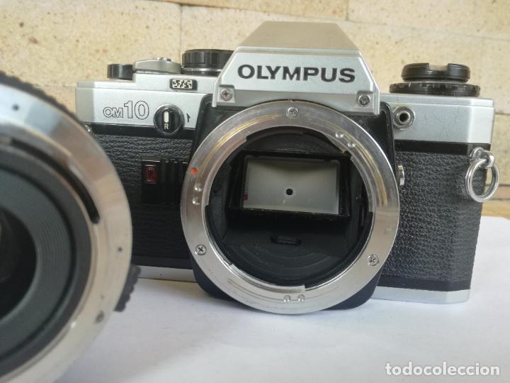Cámara de fotos: CAMARA FOTOGRAFICA OLYMPUS OM10 CON OBJETIVO, VER FOTOS - FUNCIONANDO CORRECTAMENTE - Foto 10 - 283239128