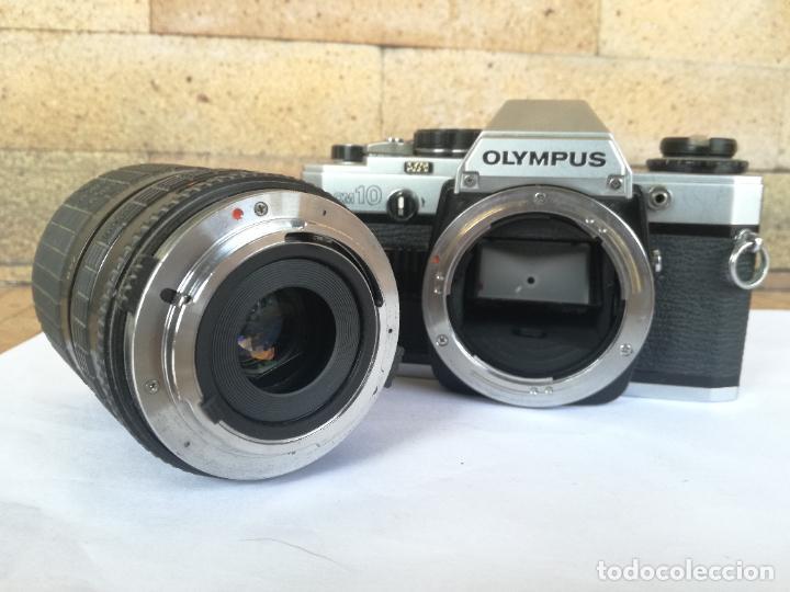 Cámara de fotos: CAMARA FOTOGRAFICA OLYMPUS OM10 CON OBJETIVO, VER FOTOS - FUNCIONANDO CORRECTAMENTE - Foto 11 - 283239128