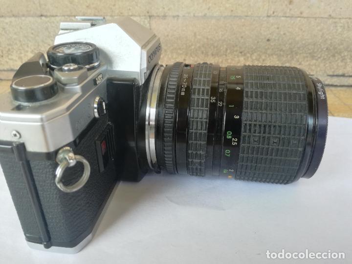Cámara de fotos: CAMARA FOTOGRAFICA OLYMPUS OM10 CON OBJETIVO, VER FOTOS - FUNCIONANDO CORRECTAMENTE - Foto 15 - 283239128