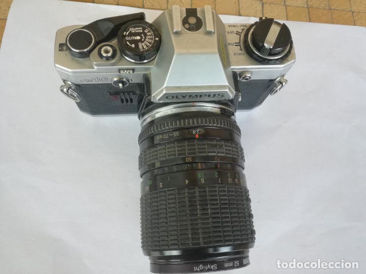 Cámara de fotos: CAMARA FOTOGRAFICA OLYMPUS OM10 CON OBJETIVO, VER FOTOS - FUNCIONANDO CORRECTAMENTE - Foto 17 - 283239128