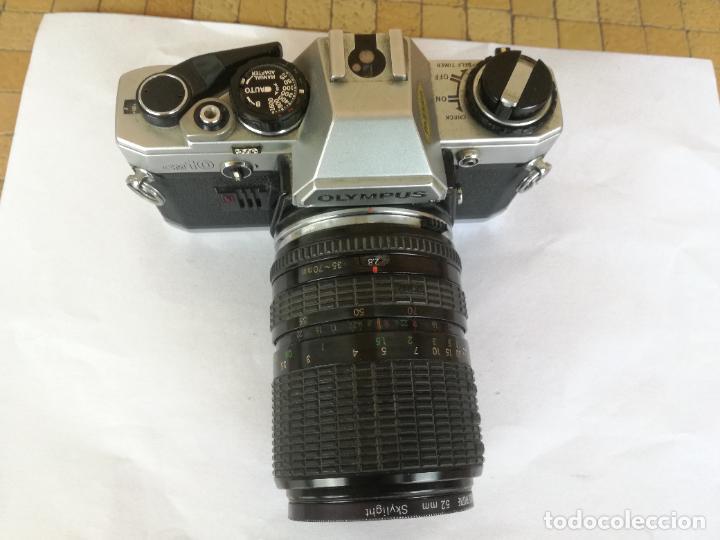 Cámara de fotos: CAMARA FOTOGRAFICA OLYMPUS OM10 CON OBJETIVO, VER FOTOS - FUNCIONANDO CORRECTAMENTE - Foto 18 - 283239128