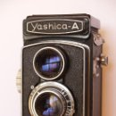 Cámara de fotos: YASHICA - A / REFLEX ( TLR ) / EXCELENTE ESTADO / PROCEDENTE DE SELECTA Y CUIDADA COLECCION. Lote 27033560