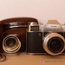 Cámara de fotos: KODAK RETINA REFLEX S + FUNDA + OBJETIVO 50MM / 2.8 + FILTROS / FUNCIONANDO Y EN EXCELENTE ESTADO. Lote 27107707