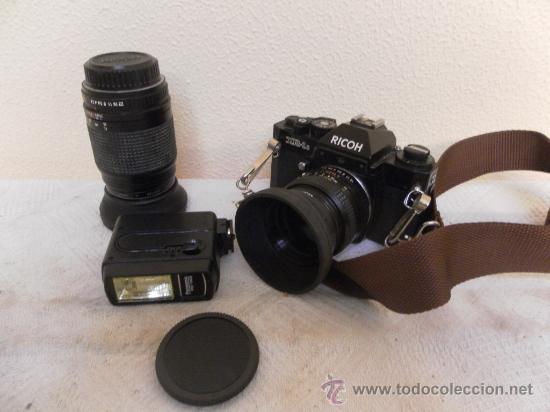 Cámara de fotos: Cámara fotográfica Ricoh, Fabricada en Japón. Con objetivo, flash y funda. - Foto 2 - 34652117