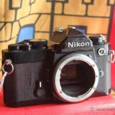 Cámara de fotos - Nikon FM negra (cuerpo) - 42266270