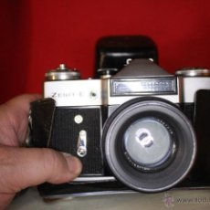 Cámara de fotos: REVUEFLEX (ZENIT) B + HELIOS 58MM 1:2 + FUNDA DE CUERO.. Lote 46720877