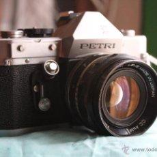 Cámara de fotos: PETRI V (6II) + PETRI 55MM 1:1,8. Lote 48483587