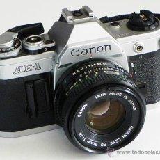 Cámara de fotos: CÁMARA DE FOTOS CANON AE-1 RÉFLEX + OBJETIVO 50 MM - FOTOGRÁFICA FOTOGRAFÍA - MÁQUINA AE1 JAPÓN. Lote 49560820