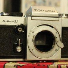 Cámara de fotos: TOPCON SUPER D (CUERPO + PENTAPRISMA Y VIDRIO DE ENFOQUE). Lote 51544116