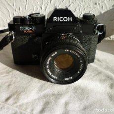 Cámara de fotos: CAMARA RICOH KR 5 SUPER REFLEX ANALÓGICA CON BOLSA 2 CARRETES DE 400 Y UN MONTÓN DE ACCESORIOS. Lote 73483787