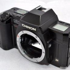 Cámara de fotos: EXCELENTE CUERPO DE CAMARA REFLEX..JAPON 1986...CHINON CP-7M, ..MUY BUEN ESTADO..FUNCIONA. Lote 80853323