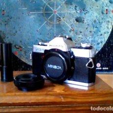 Cámara de fotos: CAMARA FOTOGRAFICA REFLEX MINOLTA XG2 CON ADAPTADOR TELESCOPIO. Lote 83578856