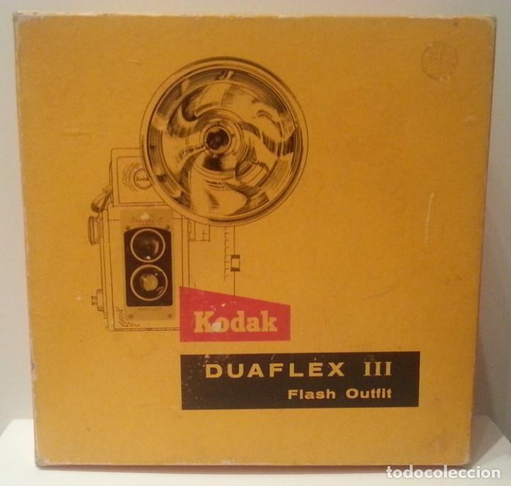 Cámara de fotos: ANTIGUA CÁMARA KODAK DUAFLEX III DE 1954 CON SU CAJA, FLASH Y MANUAL ORIGINALES - Foto 35 - 94997567