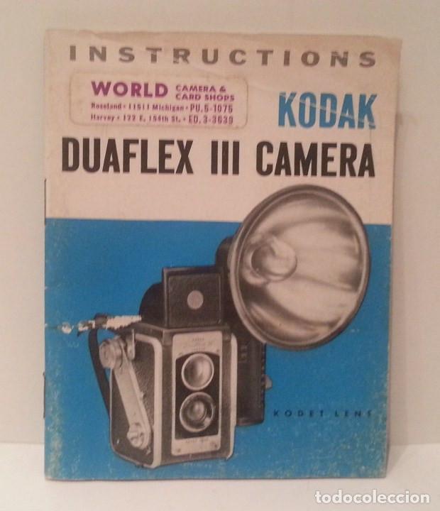 Cámara de fotos: ANTIGUA CÁMARA KODAK DUAFLEX III DE 1954 CON SU CAJA, FLASH Y MANUAL ORIGINALES - Foto 36 - 94997567