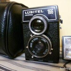 Cámara de fotos: CÁMARA LOMO LUBITEL UNIVERSAL 166 CON FUNDA Y FLASH. URSS. RUSA. Lote 99283787