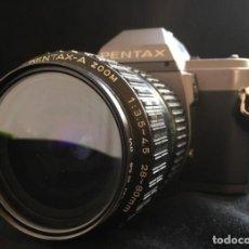 Cámara de fotos: CAMARA REFLEX PENTAX P 30, CON OBJETIVO PENTAX ZOOM 1:3,5-4,5 28-80. NO PROBADA. Lote 131678698