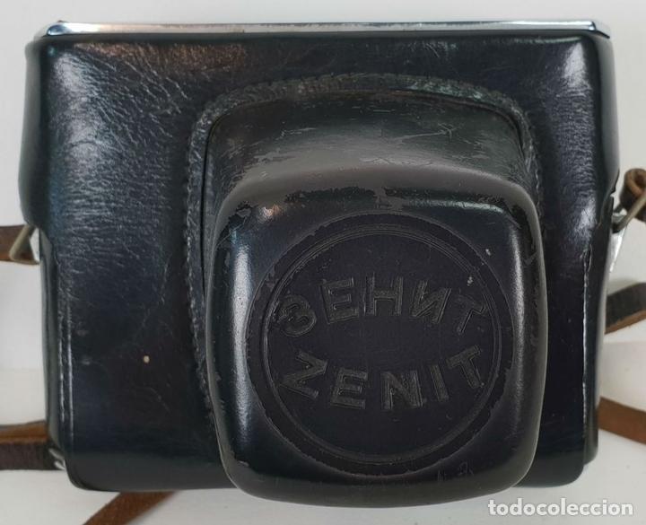 Cámara de fotos: CÁMARA FOTOGRÁFICA ZENIT. MODELO TTL. OBJETIVO COSINA MACRO 49. RUSIA. CIRCA 1970. - Foto 7 - 137978266