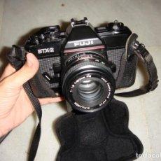 Cámara de fotos: CÁMARA FOTOGRÁFICA REFLEX FUJI STX-2. INCLUYE FUNDA Y CORREA.. Lote 139962254