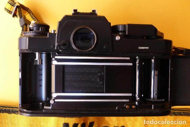 Cámara de fotos: CAMARA NIKON FA + NIKKOR 50 mm 1.8 + NIKKOR 28 mm + MOTOR + RESPALDO + correa Nikon - Foto 9 - 146175686