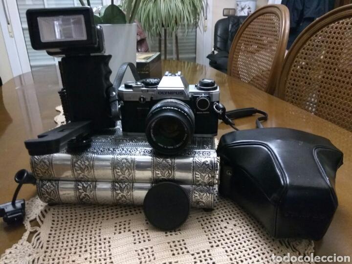 CÁMARA FOTOS OLYMPUS OM-10 , ADAPTADOR+FUNDA+CORREA+FLASH.VER FOTOS (Kameras - Spiegelreflexkameras (ohne Autofokus))