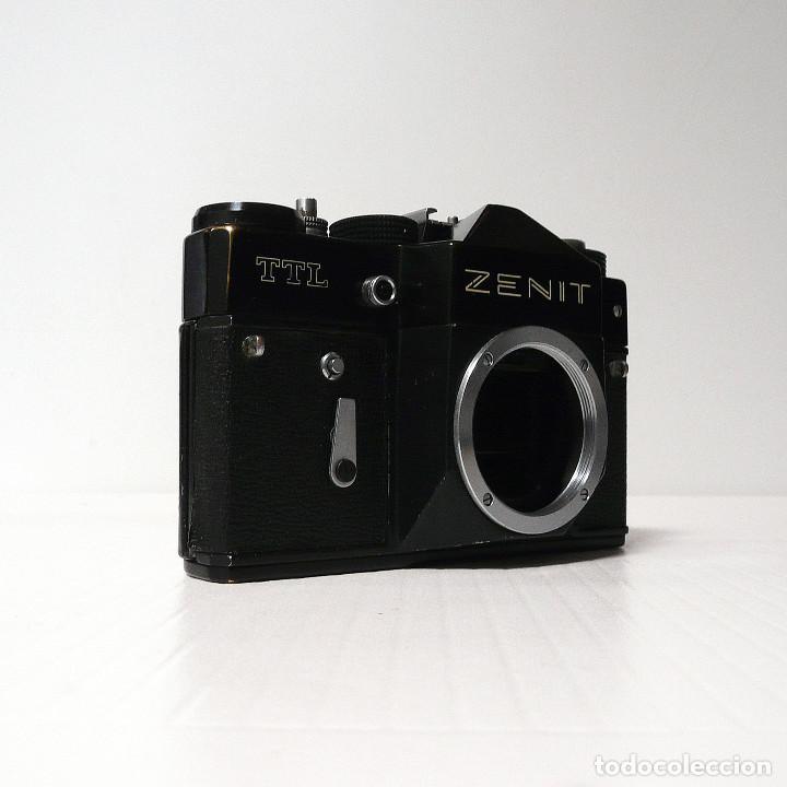 Cámara de fotos: CAMARA REFLEX ANALOGICA ZENIT TTL-Defectuosa-(Ref 36 ) - Foto 2 - 161684274