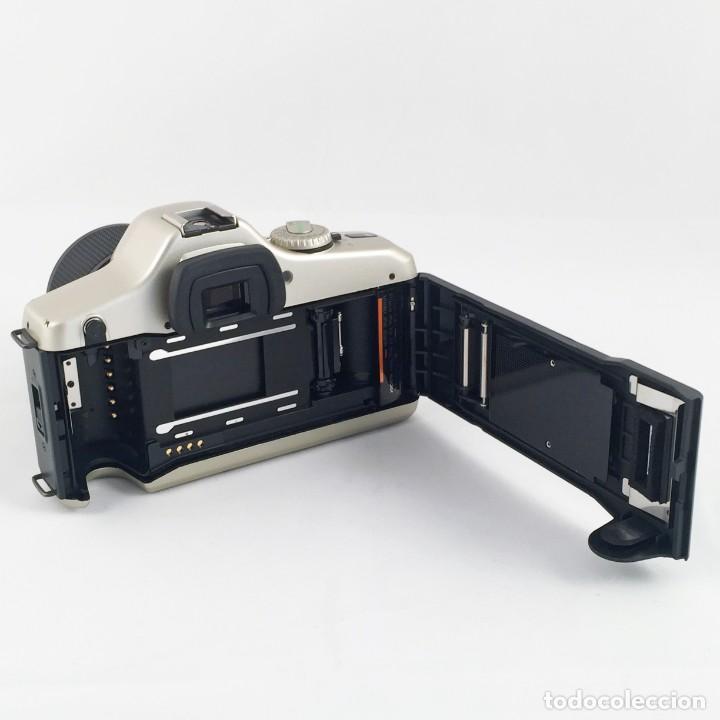 Cámara de fotos: YASHICA 109 Multiprogram SLR 35mm Kyocera + Zoom 35-70, 3.5-4.5 + accesorios - Foto 7 - 164467550