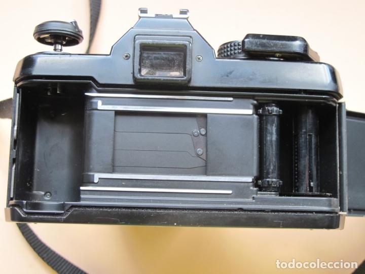 Cámara de fotos: CÁMARA MECÁNICA YASHICA FX-3 2000 + ZOOM YASHICA 35-70 MM./ 3,5-4,5 + FUNDA Y CORREA - Foto 6 - 177662550