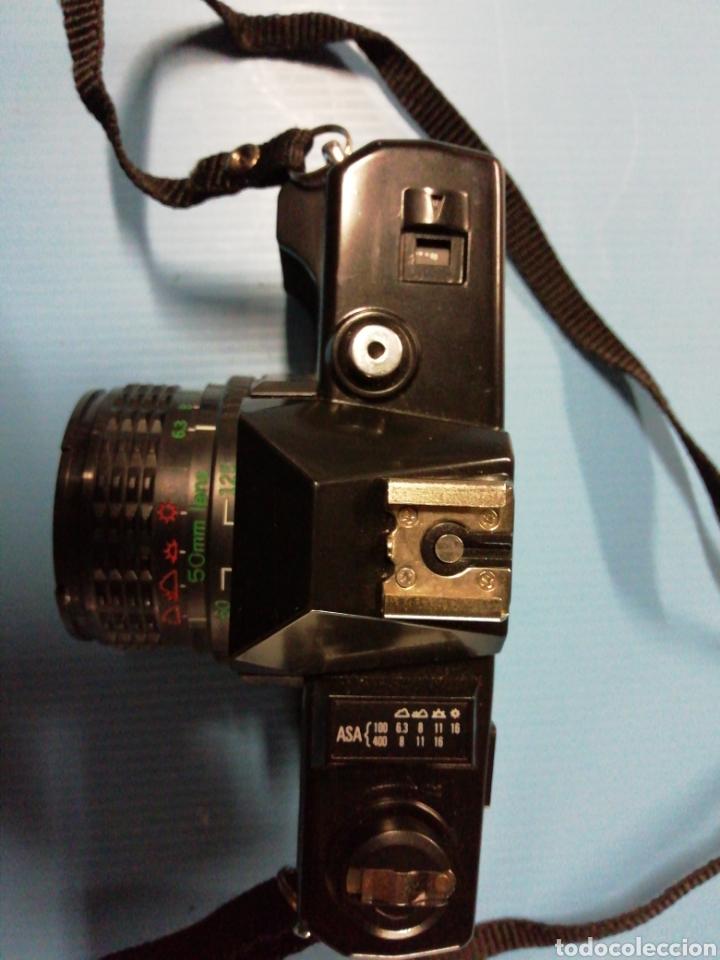Cámara de fotos: Cámara reflex 2000 - Foto 2 - 178007354