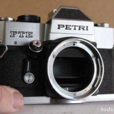 Cámara de fotos: CUERPO PETRI FTE. Lote 190593066