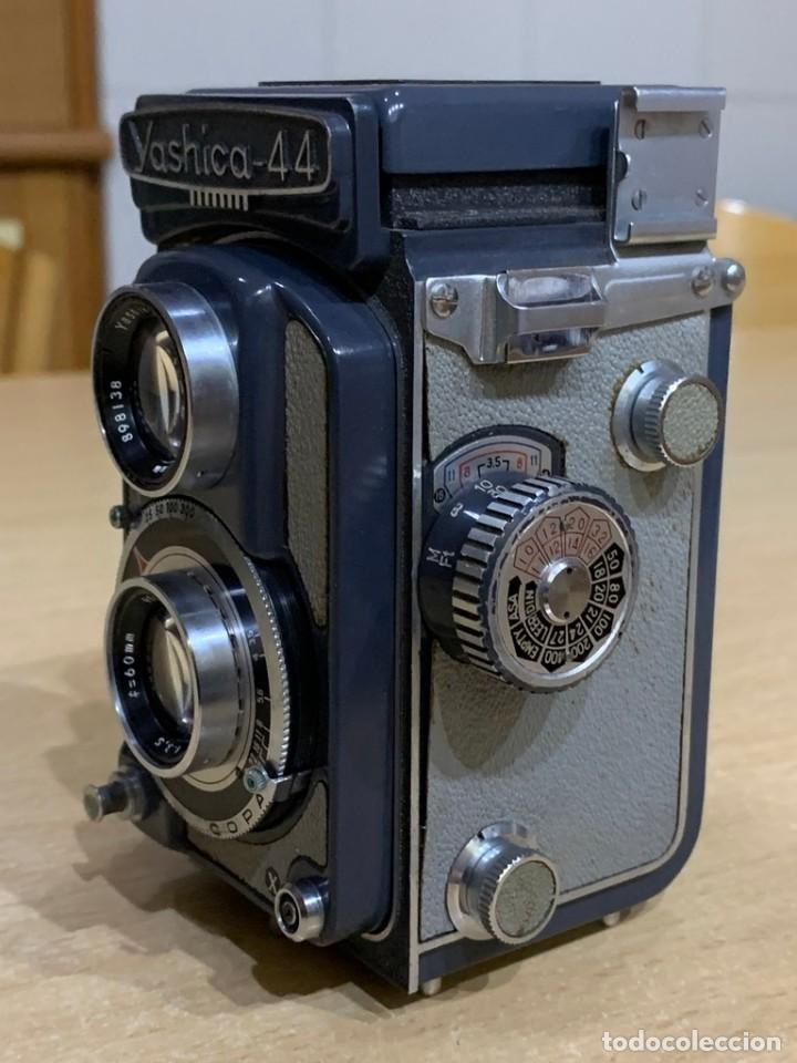 Cámara de fotos: YASHICA 44 - Foto 3 - 194749275