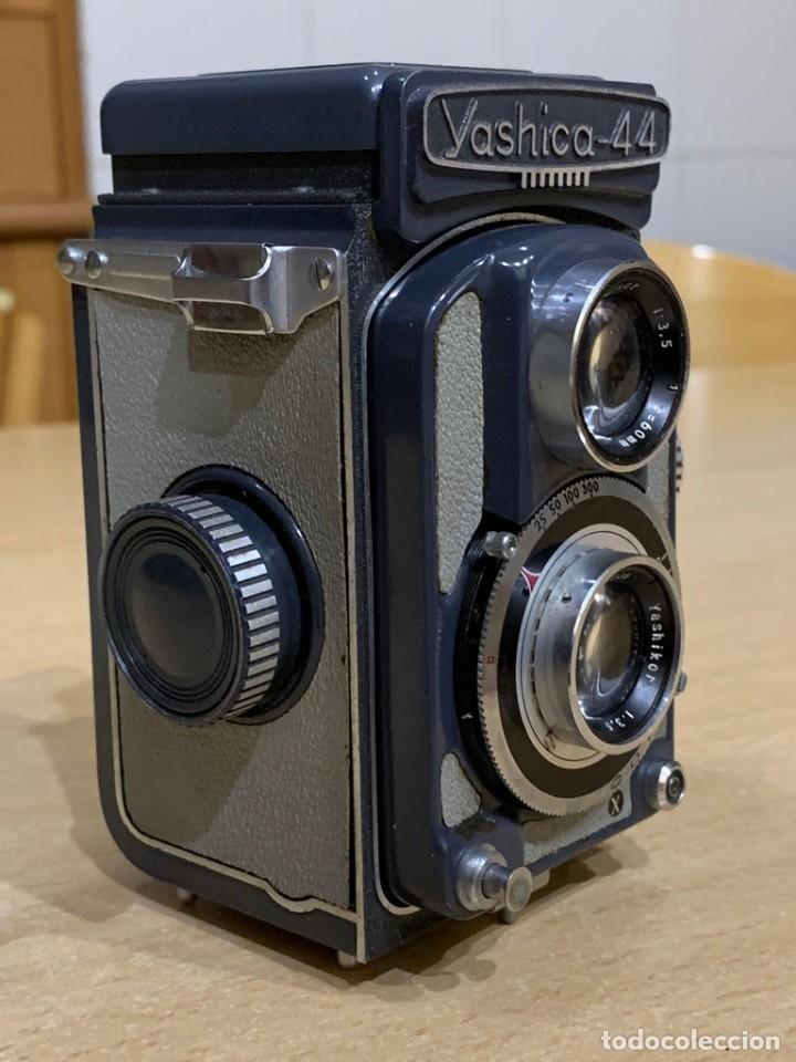 Cámara de fotos: YASHICA 44 - Foto 4 - 194749275