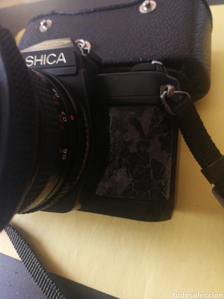 Cámara de fotos: Yashica FX~3, manual original y bolsa - Foto 4 - 210715911