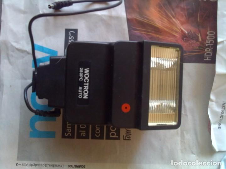 Cámara de fotos: lote cámara Zenit 122 + flash - Foto 12 - 218530136