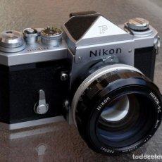 Cámara de fotos: EXCEPCIONAL NIKON DE COLECCIÓN.ESTADO DE MUSEO.NIKON F, PRISM FINDER.CON NIKKOR 50 1 / 1,2. Lote 219891708