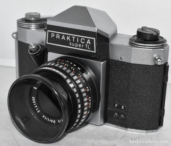 Cámara de fotos: CAMARA REFLEX MANUAL..ALEMANIA (DDR) 1968..PRAKTICA SUPER TL+DOMIPLAN 2,8/50 Y PARASOL METAL - Foto 3 - 220279555