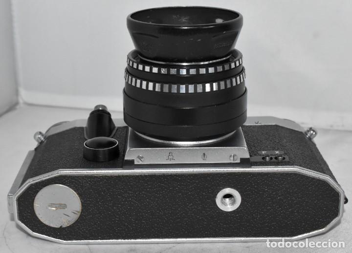 Cámara de fotos: CAMARA REFLEX MANUAL..ALEMANIA (DDR) 1968..PRAKTICA SUPER TL+DOMIPLAN 2,8/50 Y PARASOL METAL - Foto 10 - 220279555