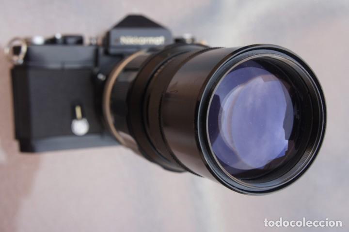 NIKKORMAT NEGRA CON 200 F/4.COMO NUEVO. (Cámaras Fotográficas - Réflex (no autofoco))