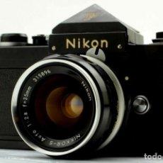 Cámara de fotos: NIKON F BLACK.CON PRISMA SF Y 35 MM F/2,8. Lote 228159535