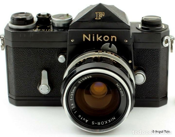 Cámara de fotos: NIKON F BLACK.con prisma SF y 35 mm F/2,8 - Foto 2 - 228159535
