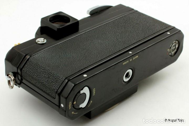 Cámara de fotos: NIKON F BLACK.con prisma SF y 35 mm F/2,8 - Foto 11 - 228159535