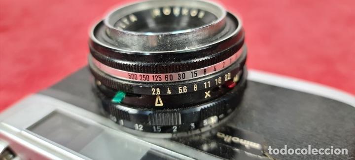 Cámara de fotos: CAMARA FOTOGRAFICA MINOLTA MODELO A-5. JAPÓN. FUNDA ORIGINAL DE CUERO. 1960. - Foto 2 - 240795190